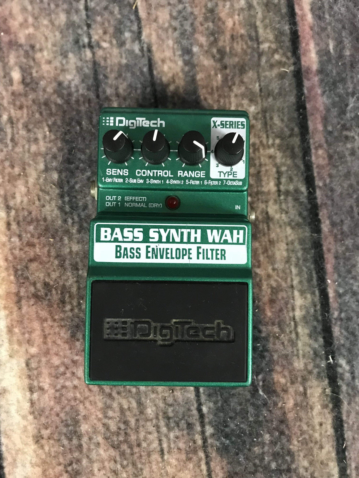 Digitech pedal Used Digitech Bass Synth Wah Envelope Filter Pedal