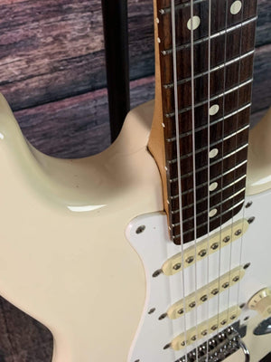 Fender Electric Guitar Used Fender/Squier 1995 MIM Stratocaster with Fender Gig bag- Cream