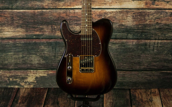 G&L Guitars Electric Guitar Includes a Hard Shell Case G&L Left Handed ASAT Classic 3 Tone Sunburst Electric Guitar
