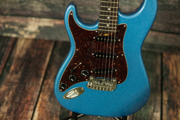 G&L Guitars Electric Guitar includes a hard shell case G&L Left Handed Legacy Electric Guitar- Placid Blue