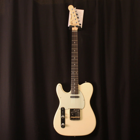 G&L Guitars Electric Guitar Includes Hard Shell Case G&L Left Handed Asat Classic Vintage White Electric Guitar