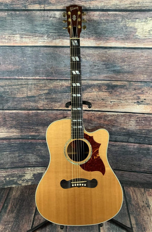 Gibson Acoustic Guitar Used Gibson 2005 Songwriter Deluxe Acoustic Electric Guitar with Gibson Case