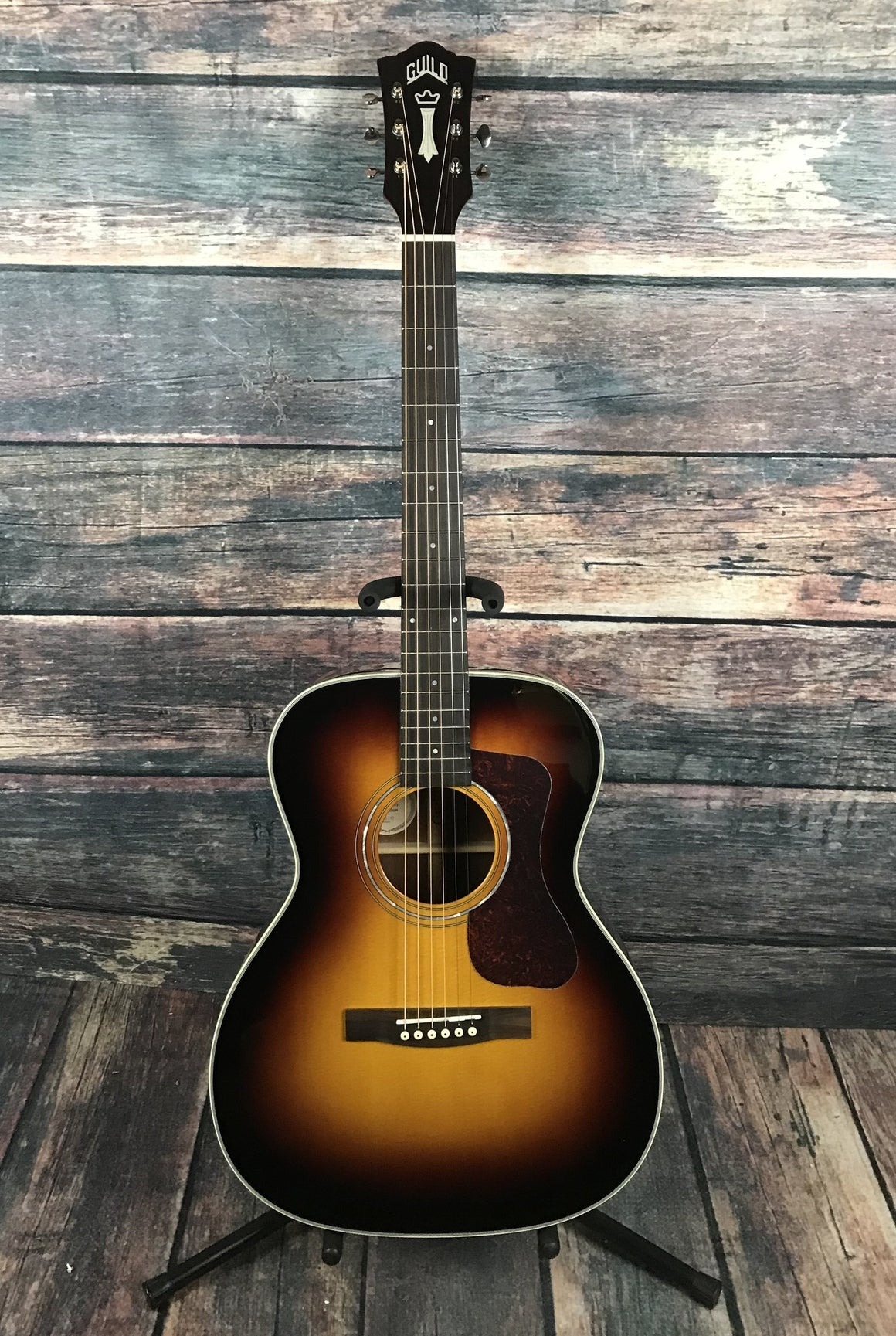Guild Acoustic Guitar Guild OM-140 Acoustic Guitar- Sunburst