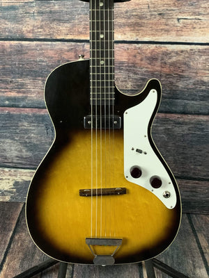 Used Silvertone 1959 1326 Stratotone Mars by Harmony USA with Case