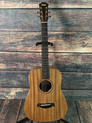 Taylor Acoustic Guitar Used Taylor BT2 Baby Taylor Mahogany Acoustic Guitar with Taylor Gig Bag