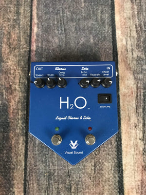 True Tone pedal Used True Tone H2O Chorus and Echo Pedal