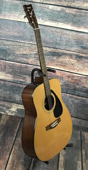 Yamaha Acoustic Guitar Used Yamaha F-340 Acoustic Guitar with Gig Bag