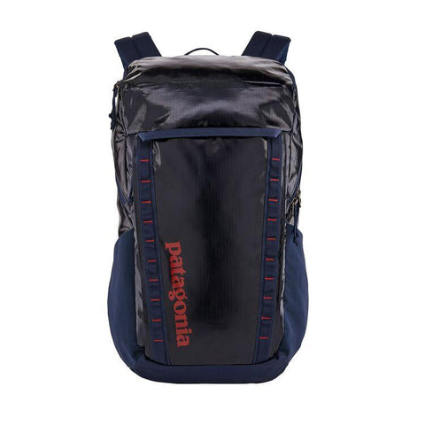 Shop Online Patagonia Black Hole Pack 32L Backpack - Classic Navy 49301 CNY | Benny's Boardroom