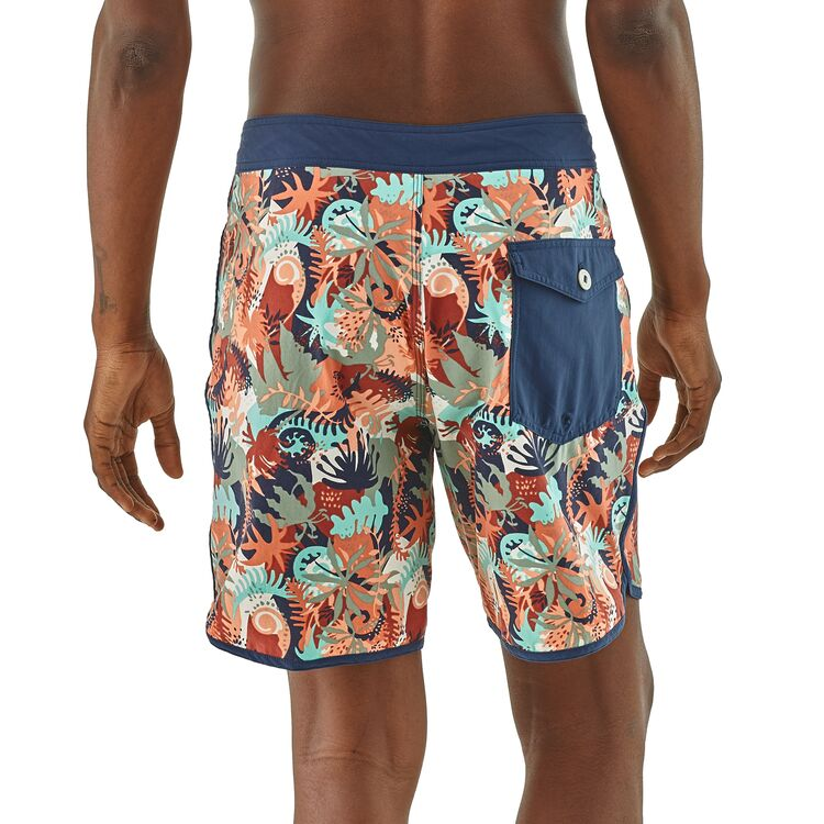 Shop Online Patagonia Men's Scallop Hem Stretch Wavefarer Boardshorts 18 in. - 86731 Lifestyle Back | Benny's Boardroom