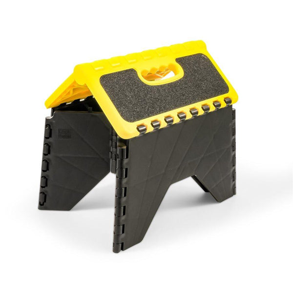 Camco Plastic Folding Step Stool (Black/Yellow)