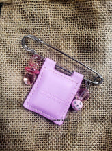 Load image into Gallery viewer, Mini Tehillim Psalms Stroller Pin, Pink