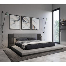 Load image into Gallery viewer, Defalco Upholstered Platform Bed