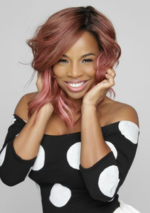 "Kiyah Wright</br><p class=""classtitle""> Lace Front Wig Application</p>"