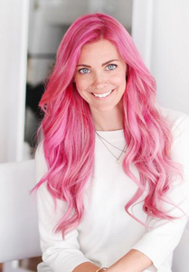 "Sarah Potempa </br><p class=""classtitle""> Building a Brand, Beachwaving & Braids! </p>"