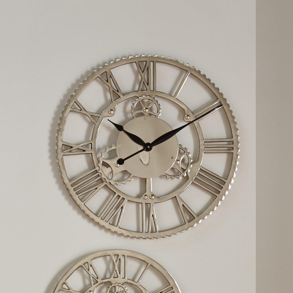 Caliber Shiny Nickel Cog Design Round Wall Clock Large