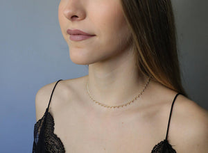 Choker/collar puntitos