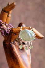 Load image into Gallery viewer, Prehnite Necklace