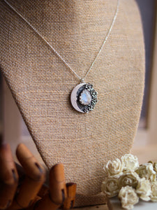 Flowers Dreamy Moon & Moonstone Necklace