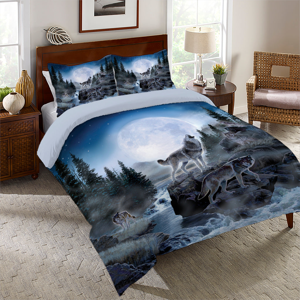 Midnight Wolves Comforter Set