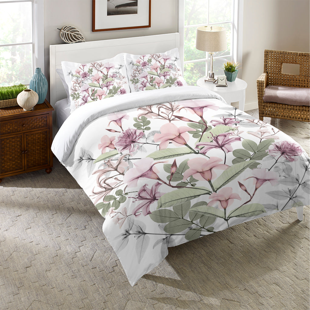 Sweet Blush Bouquet Comforter