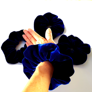 oversized jumbo velvet scrunchie for hair