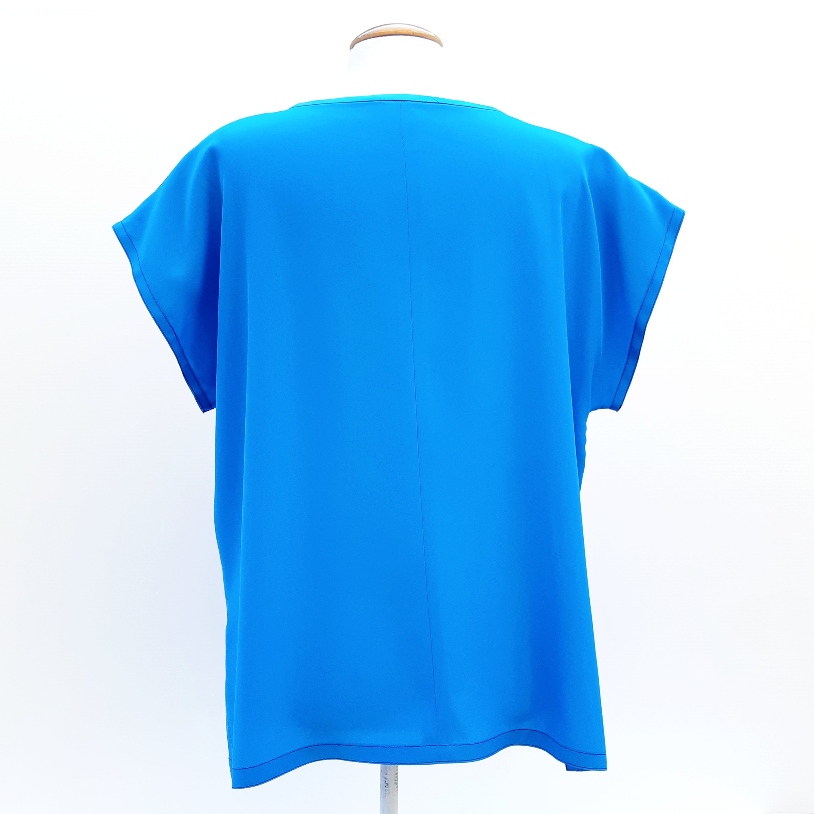 Painted silk blue top for ladies