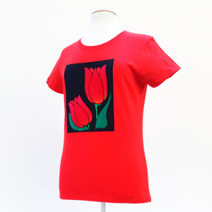 red ladies t-shirt with tulip art