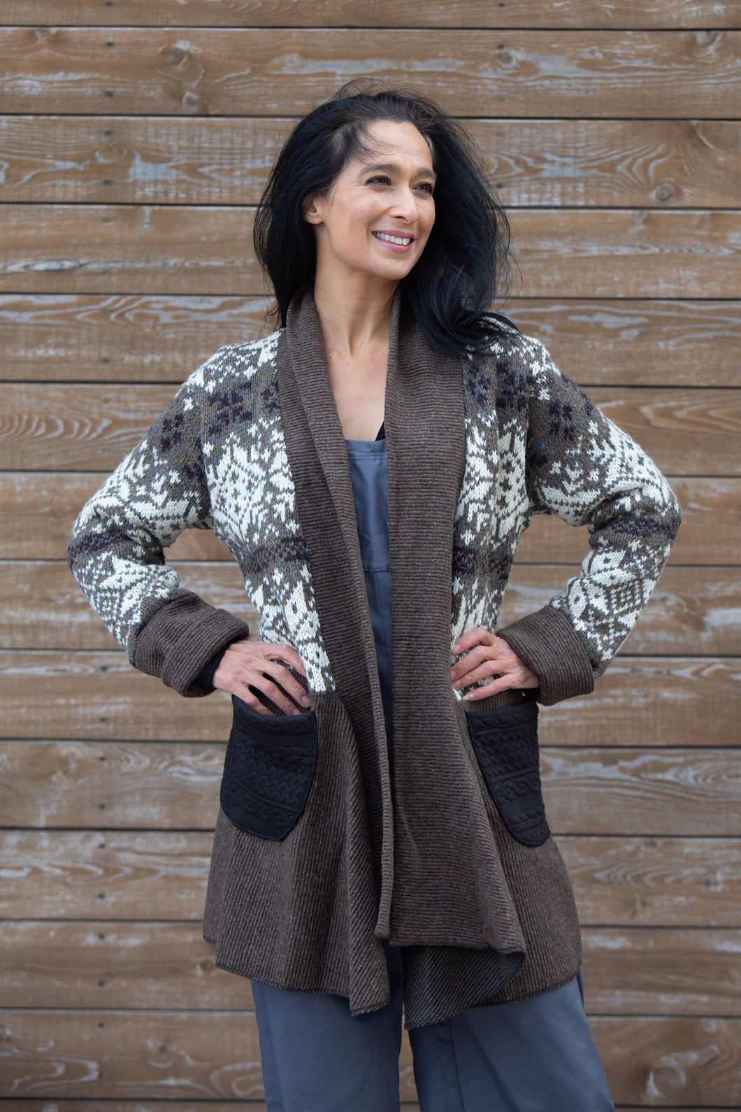PATCHWORK DRAPE SWEATER - BROWN
