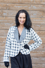 Load image into Gallery viewer, SISTA' SWEATER-HOUNDSTOOTH