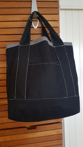 CARRY ALL ADJUSTABLE TOTE BAG- BLACK