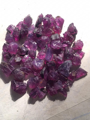 Raw Kashmir Sapphire for Faceting