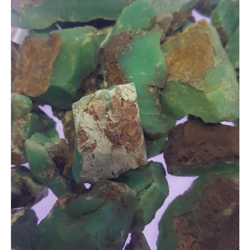 Rough chrysoprase for Cabbing