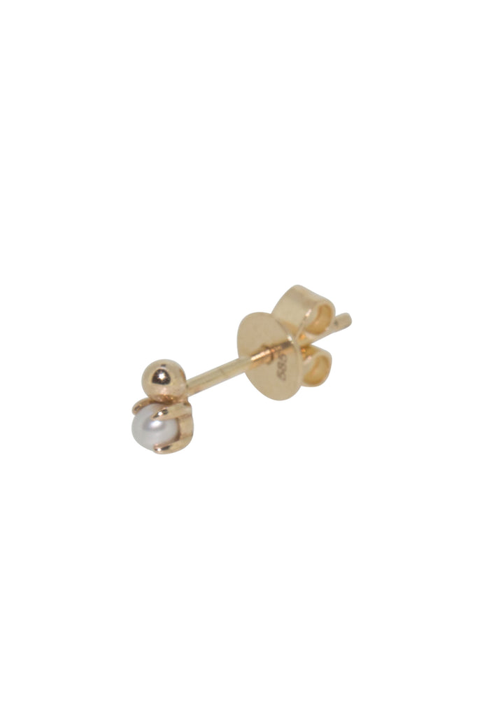 Astra pearl cluster stud earring