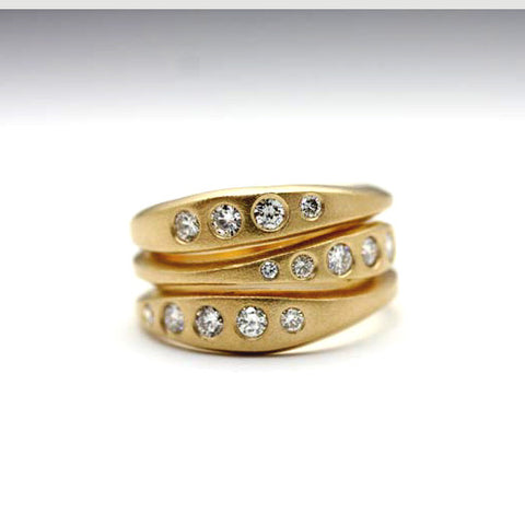 Craved stacked ring