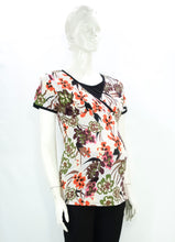 Load image into Gallery viewer, Mommy Plus - Nahla Printed Nursing Blouse (4549461016610)