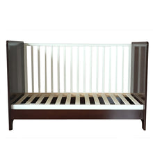 Load image into Gallery viewer, Cuddlebug - Vernon 3 in 1 Convertible Crib (4549528322082)