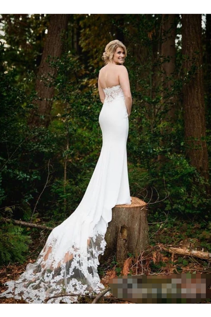 Sweetheart Wedding Dress With Chapel Train Satin STHP6C244JT