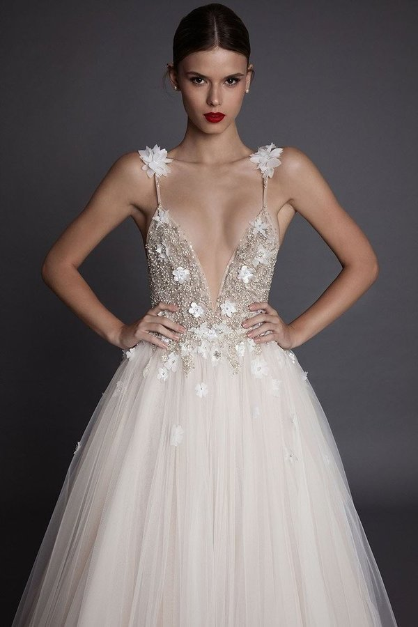 2020 Tulle Spaghetti Straps Wedding Dresses A Line With Beads And PTGELCL1