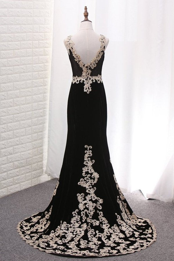 2020 V Neck Mermaid Velvet Evening Dresses With Applique PFHZ487D