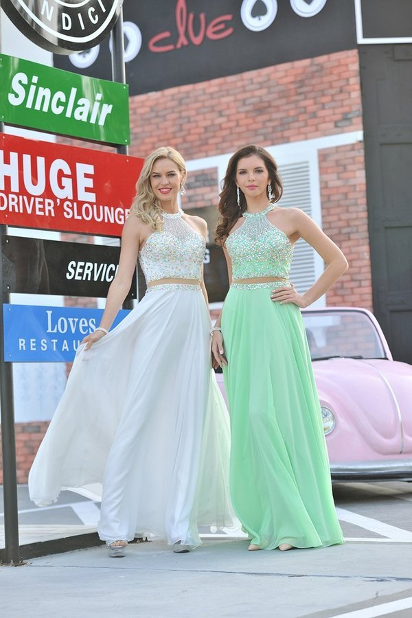 2020 Scoop Prom Dresses A Line Beaded Bodice PY9EQ3ZC