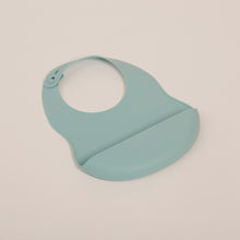 Load image into Gallery viewer, SUSTAINABLE KIDS SILICONE BIB