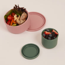 Load image into Gallery viewer, SUSTAINABLE SILICONE AIRTIGHT CONTAINERS - LARGE (1200ML)