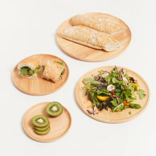 이미지를 갤러리 뷰어에 로드 , SUSTAINABLY SOURCED HAND CARVED WOODEN BOARDS - ROUND