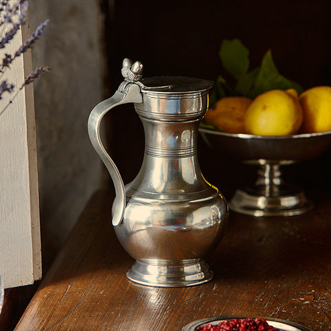 Aosta Lidded Pitcher - 1 L - Handcrafted in Italy - Pewter