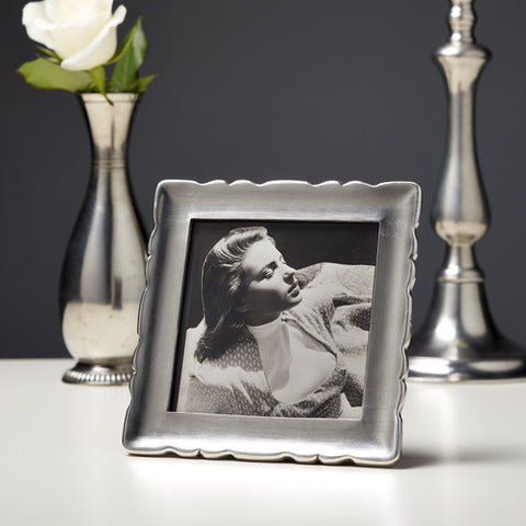 Carretti Square Photo Frame - 13.5 cm x 13.5 cm - Handcrafted in Italy - Pewter
