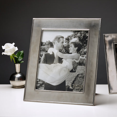 Lombardia Rectangular Frame - 28.5 cm x 33.5 cm - Handcrafted in Italy - Pewter