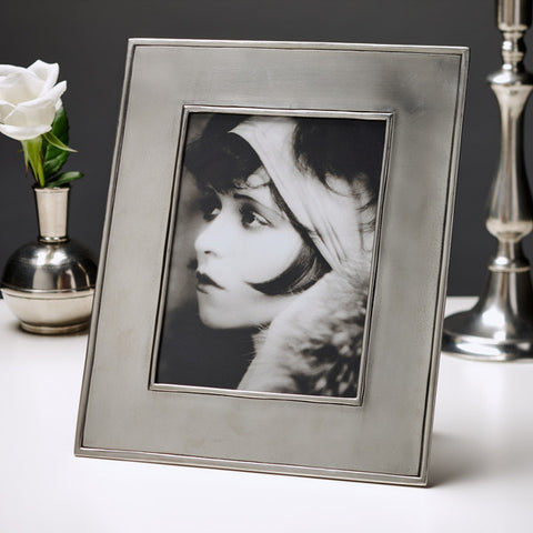 Lombardia Rectangular Frame - 22 cm x 26.5 cm - Handcrafted in Italy - Pewter