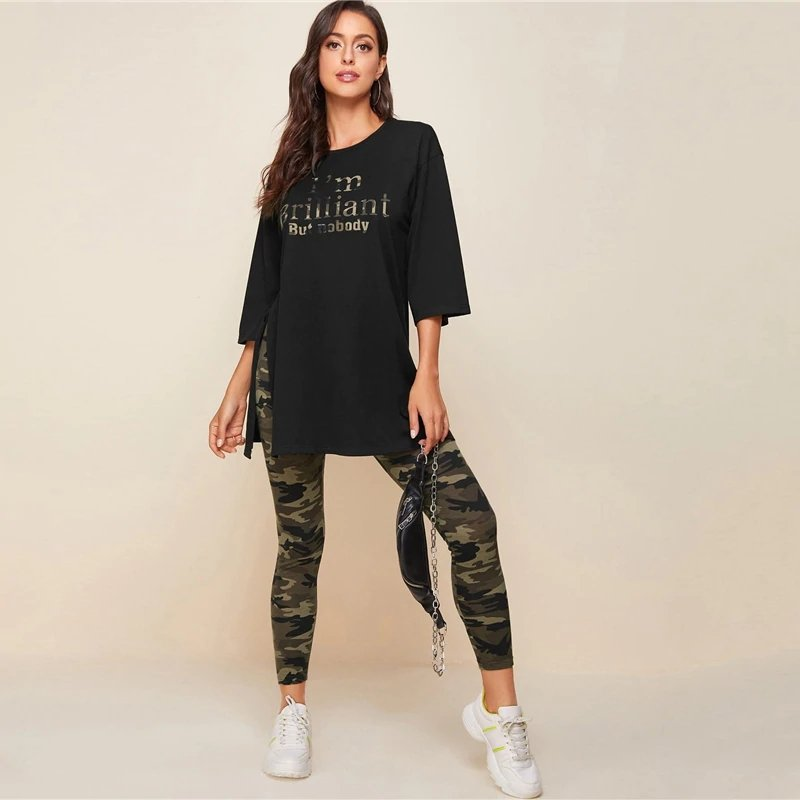 Ensemble t-shirt oversized et leggings camo