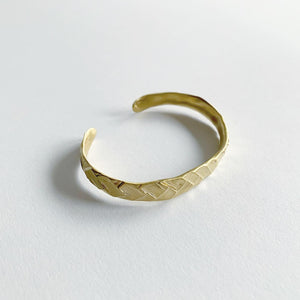 8.6.4. Designs Braided Brass Cuff