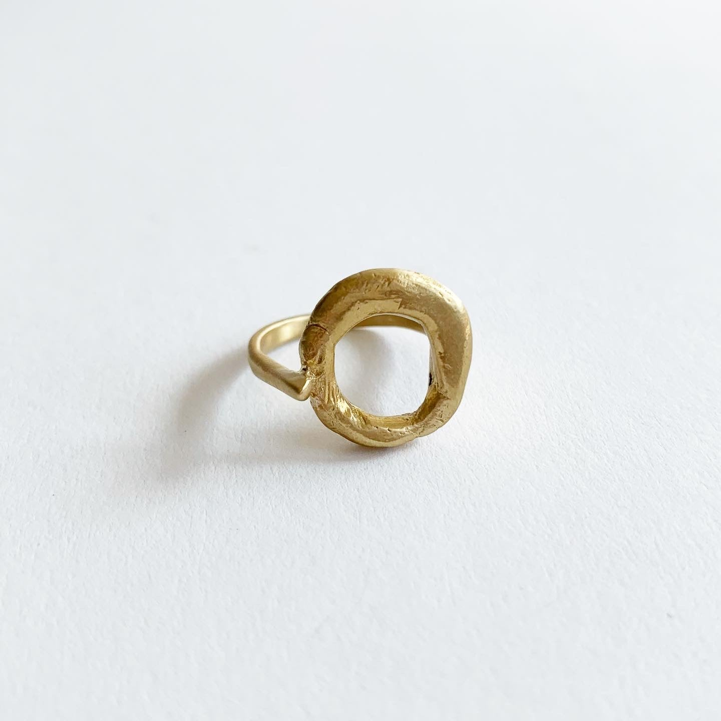 8.6.4. Designs Brass Prong Ring